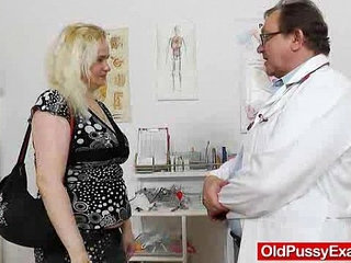 The gynecologist drops into action with Elena muff | action