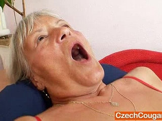Ugly grandmother Cecilie toys her unshaven cunny | grandmatoys