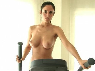 Muriel Nude Workout   nudityworkout