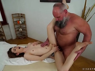 Older man fucks her younger massage client | massageold and youngolder